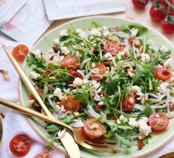 spagetti_Rucola_Salat-768x700